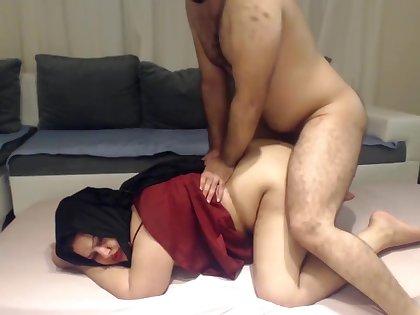 INDIAN DESI BHABHI FUCKED HARD Unconnected with HER DEVAR SECRETLY AT Diggings !
