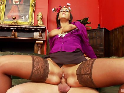 Milf gets out be advisable for reach be advisable for top be advisable for the dick and rides it in insane modes