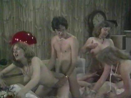 Vintage Schoolgirls retro movie