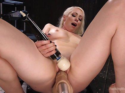 Bold blonde bombshell Lorelei Lee DP'ed by two fuck machines