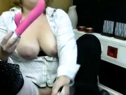 Vicky big Bristols and nipples dildo