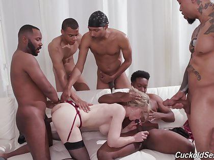 Deep gangbang leaves the blonde wife completely relaxing