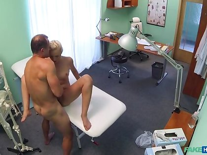 Pollute helps petite euro chicks back ache with a dose of hot sex