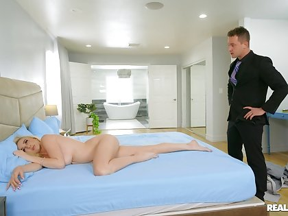 Nude missionary for slay rub elbows with blonde wife